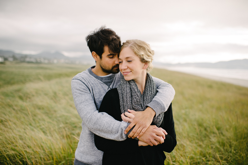 oregon-coast-seaside-engagement-05.jpg