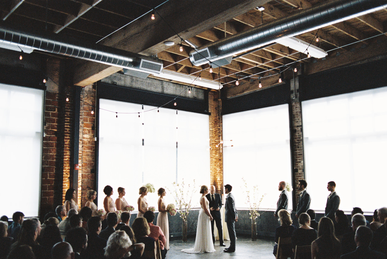 leftbank-annex-film-portland-wedding-003.jpg