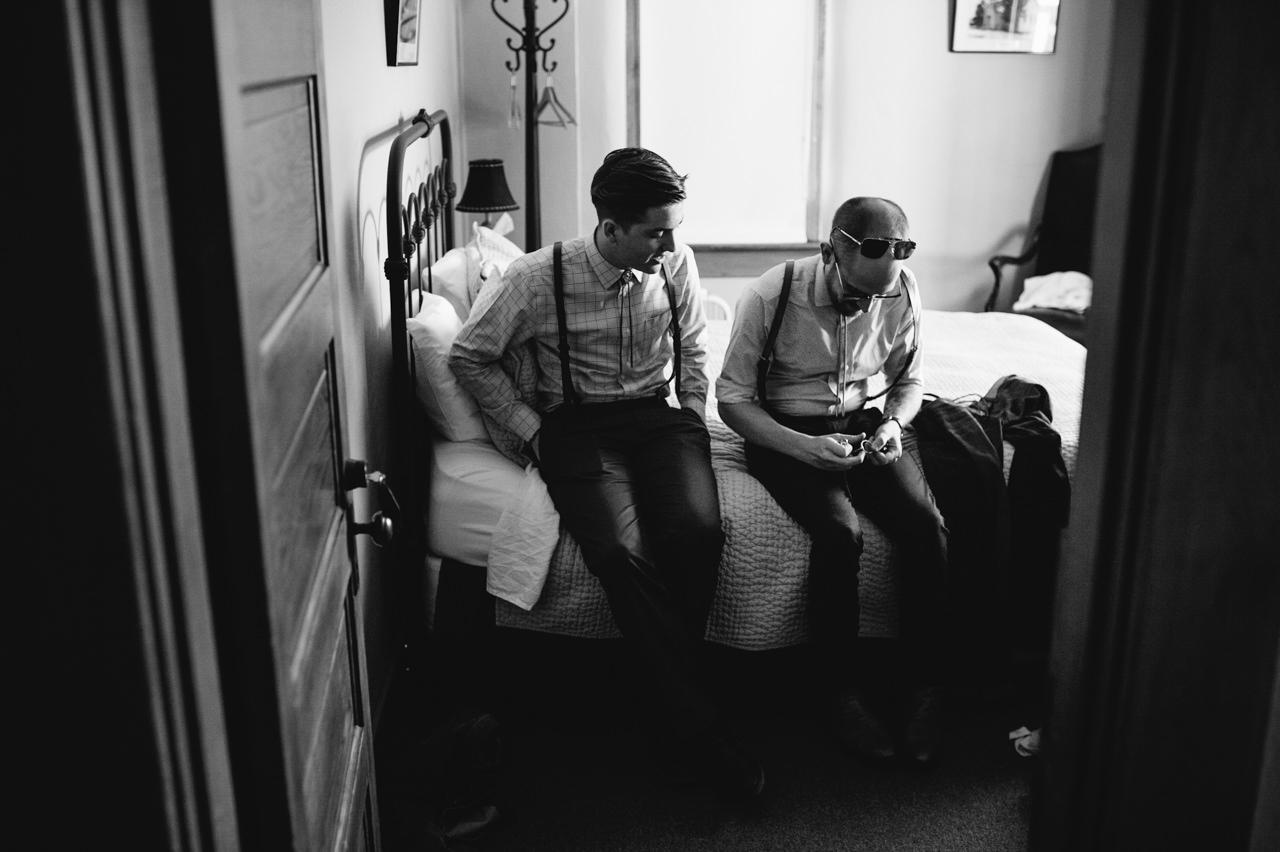 balch-hotel-wedding-dufur-oregon-004a.jpg