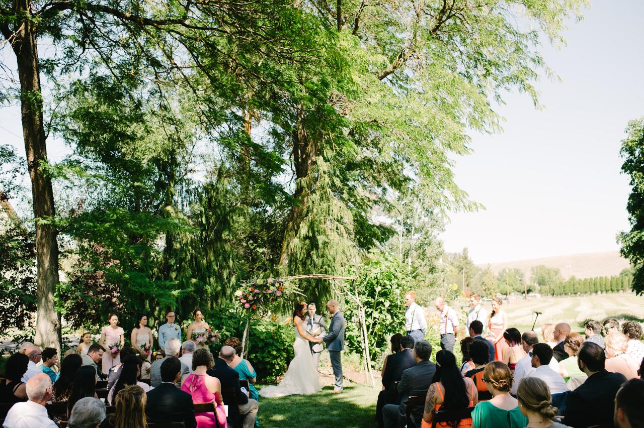 balch-hotel-wedding-dufur-oregon-053.jpg