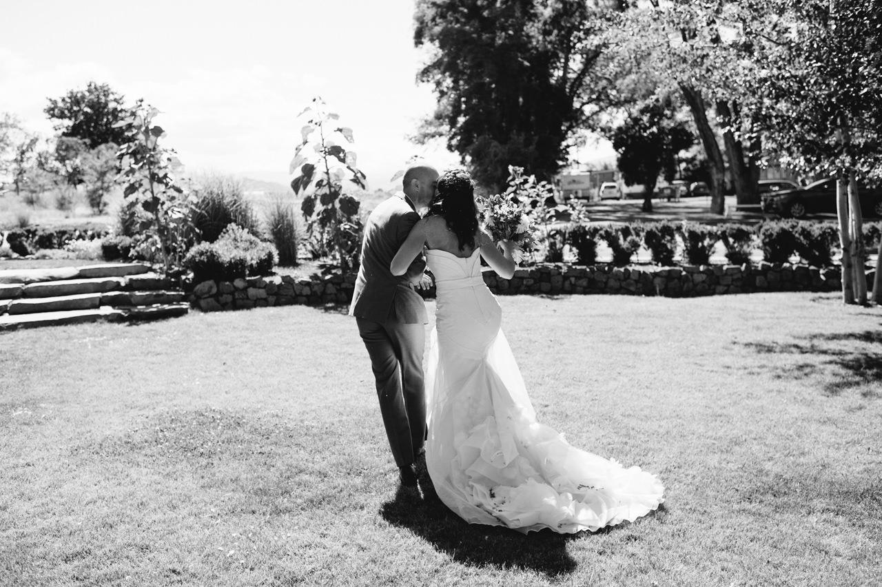 balch-hotel-wedding-dufur-oregon-074.jpg