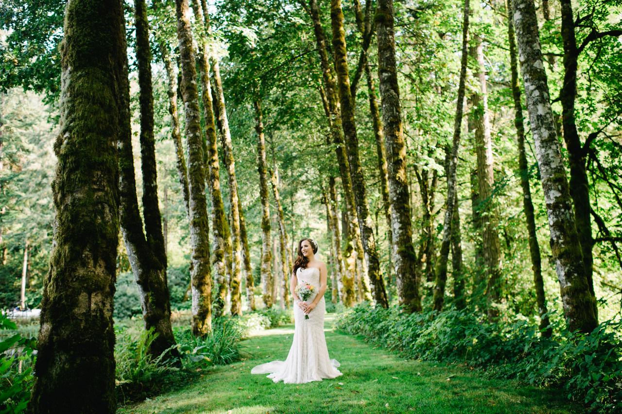 bridal-veil-lakes-oregon-wedding-036b.jpg
