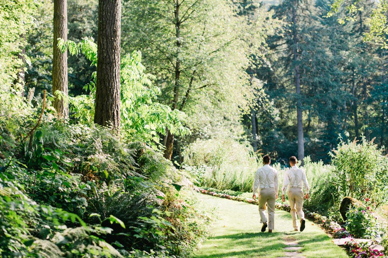 bridal-veil-lakes-oregon-wedding-041.jpg