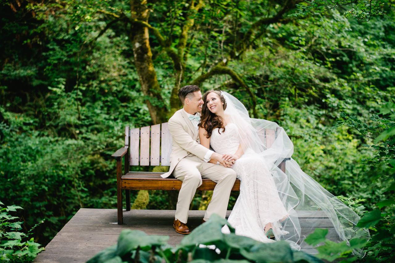 bridal-veil-lakes-oregon-wedding-062.jpg