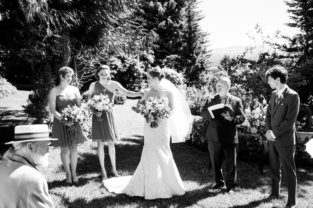 mt-hood-organic-farms-summer-wedding-090.jpg