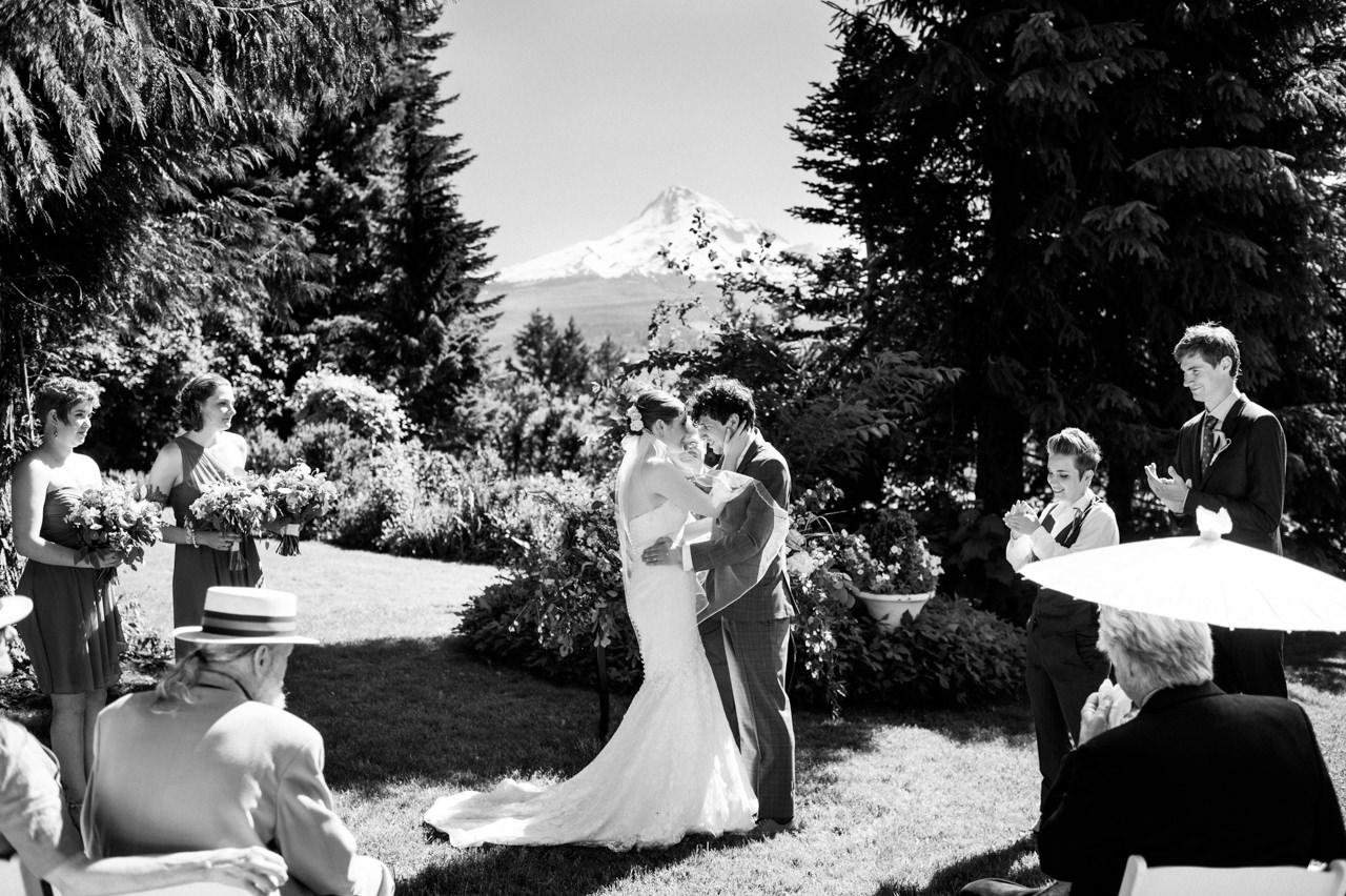 mt-hood-organic-farms-summer-wedding-114.jpg