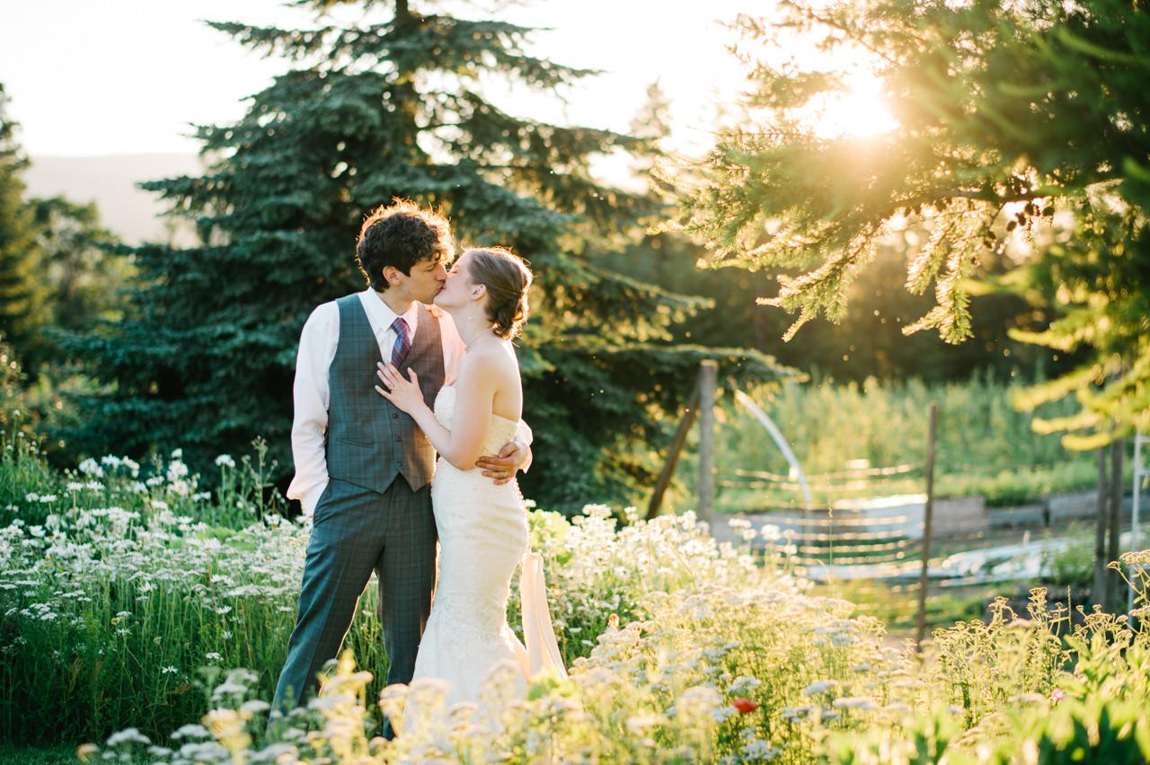mt-hood-organic-farms-summer-wedding-194.jpg