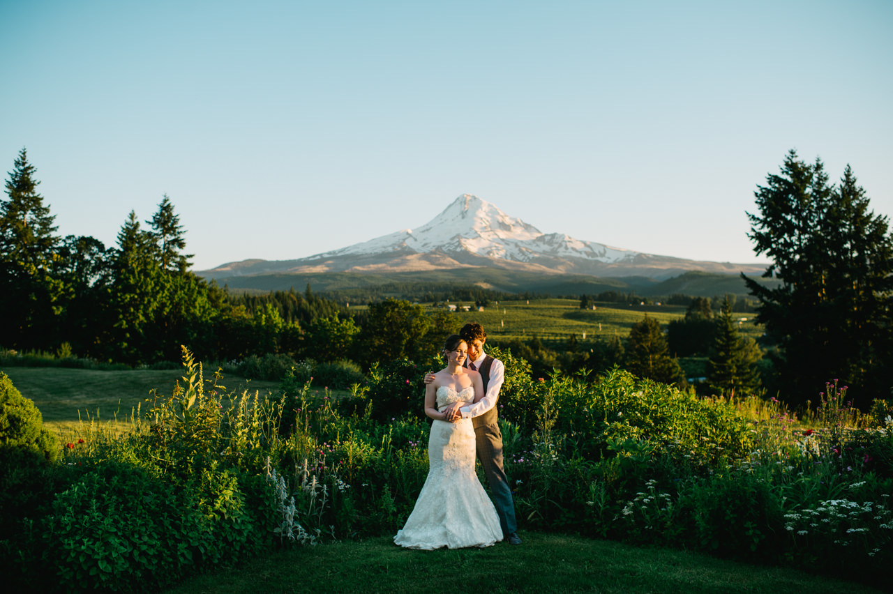 mt-hood-organic-farms-summer-wedding-198.jpg