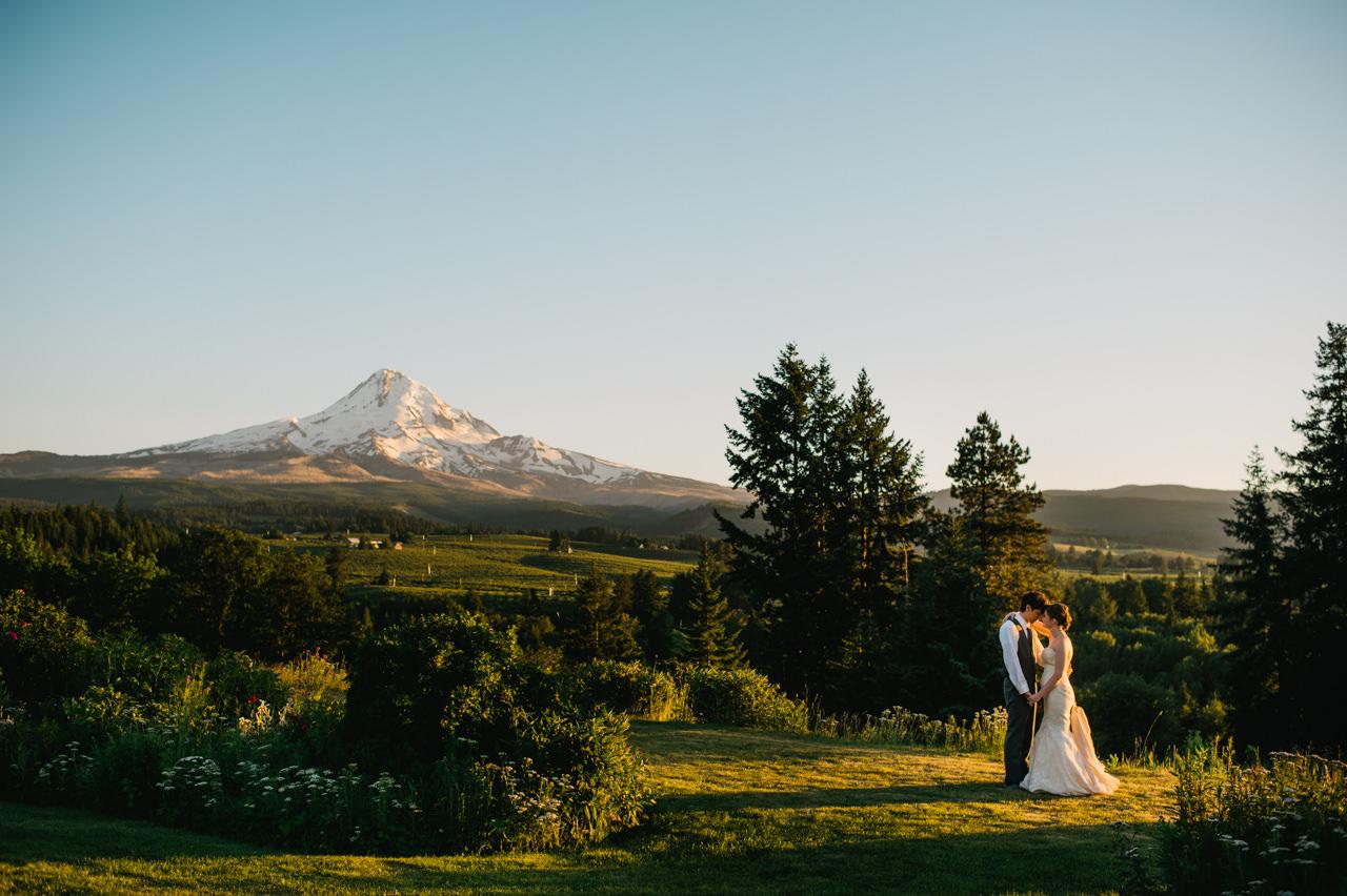 mt-hood-organic-farms-summer-wedding-204.jpg
