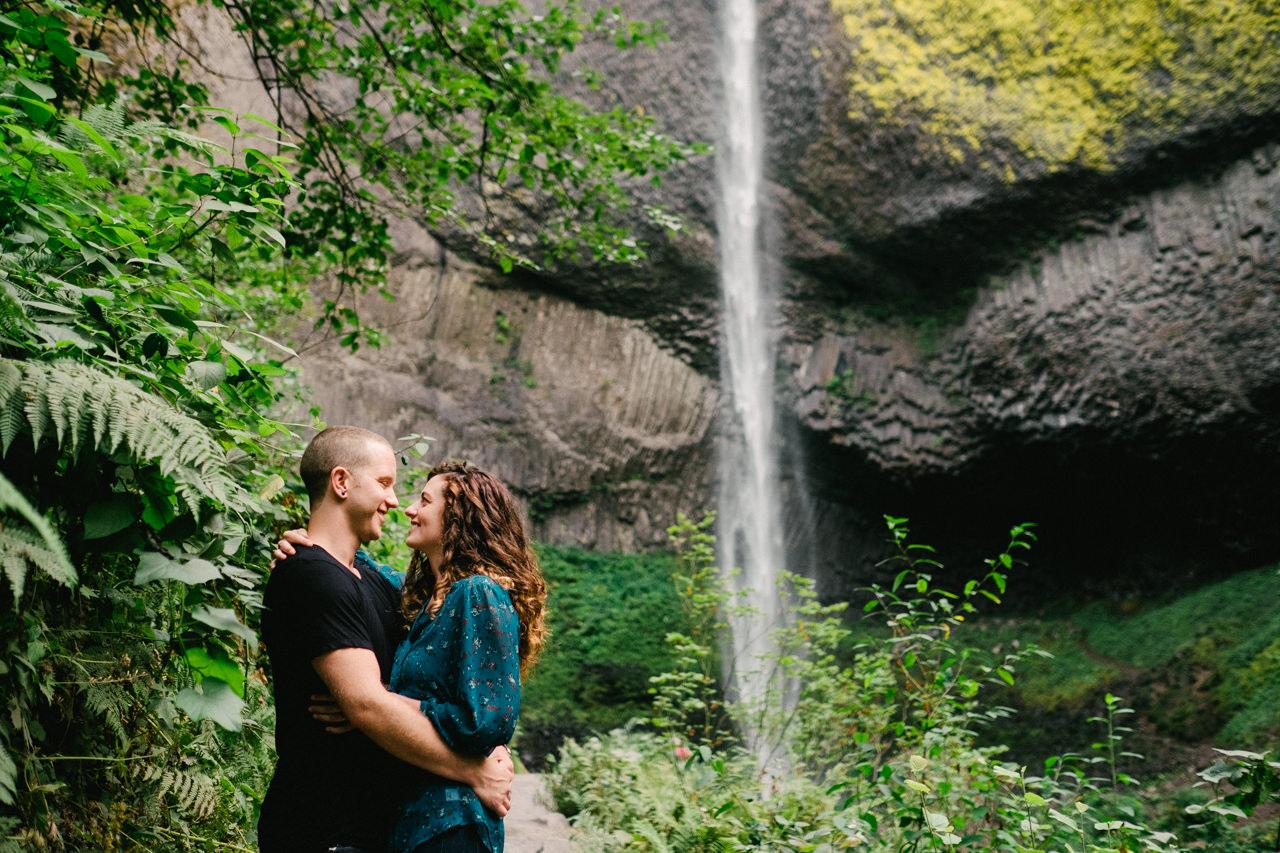 latourell-falls-columbia-gorge-engagement-015.jpg