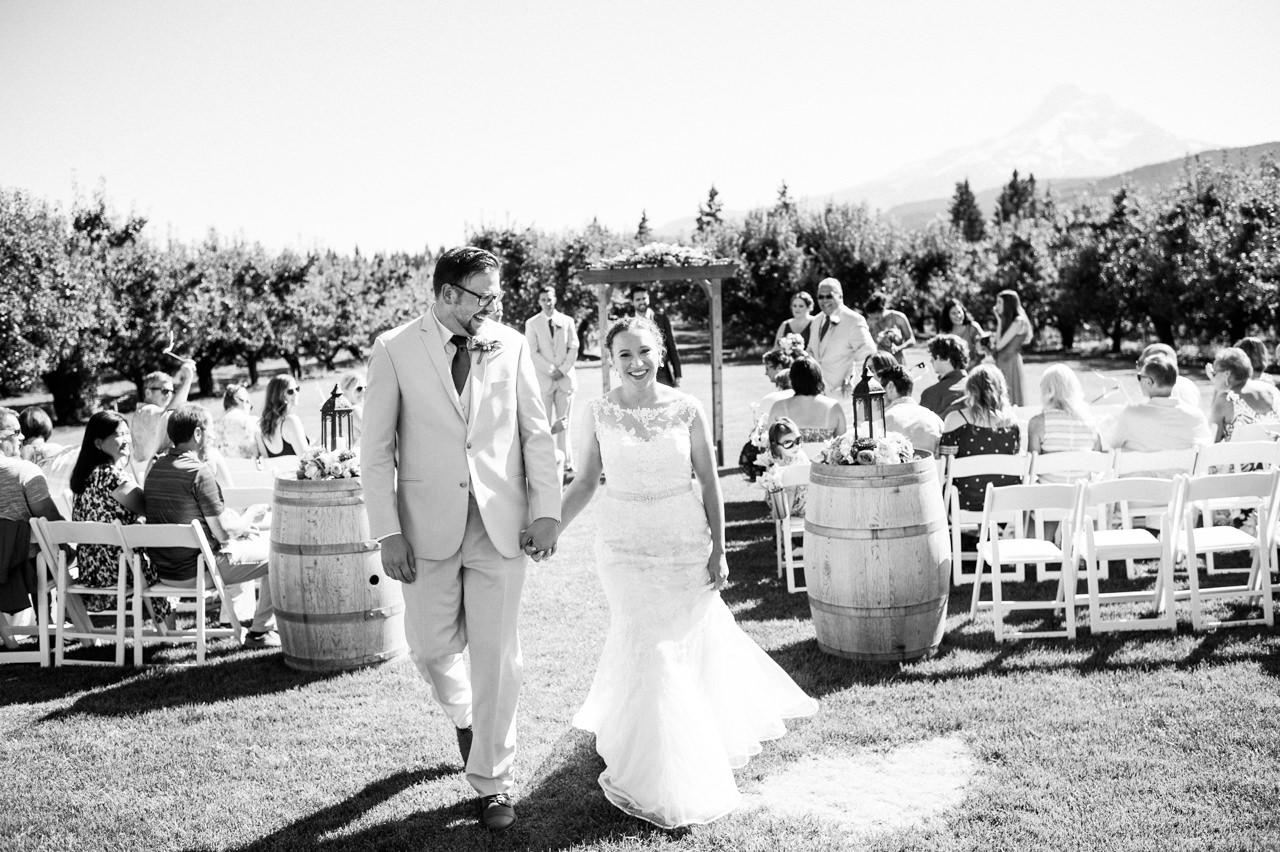 mt-view-orchards-hood-river-wedding-056.jpg