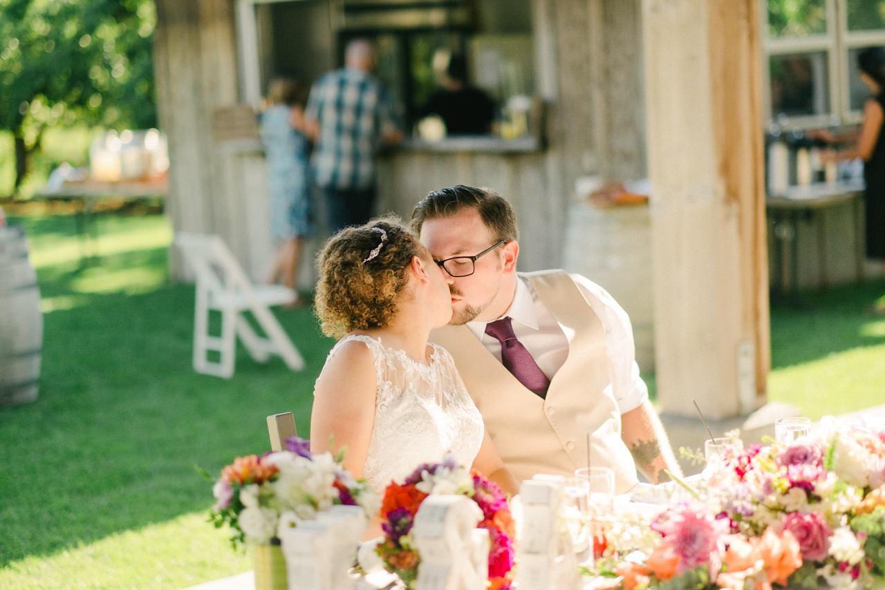 mt-view-orchards-hood-river-wedding-065.jpg