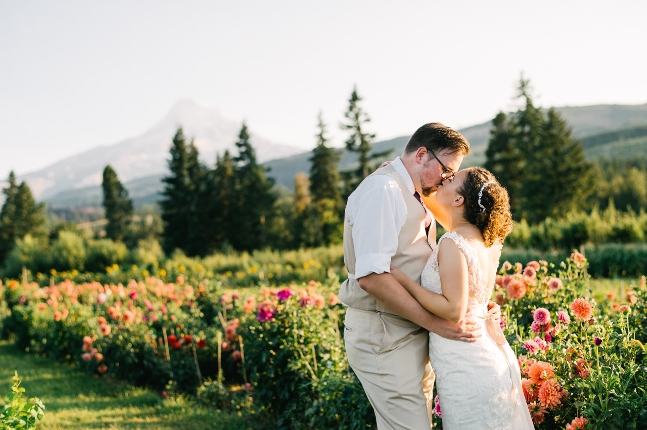 mt-view-orchards-hood-river-wedding-080a.jpg