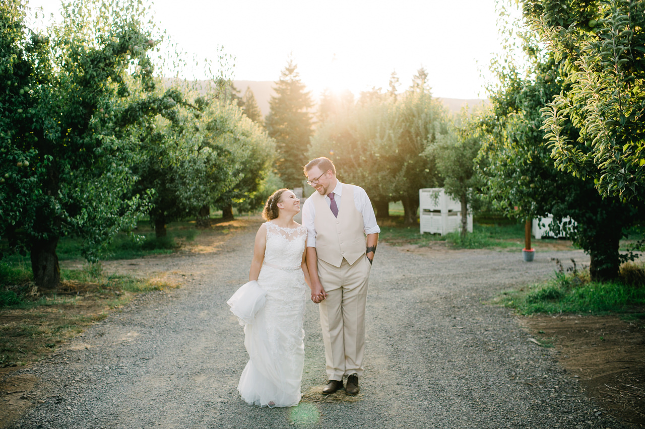 mt-view-orchards-hood-river-wedding-081.jpg