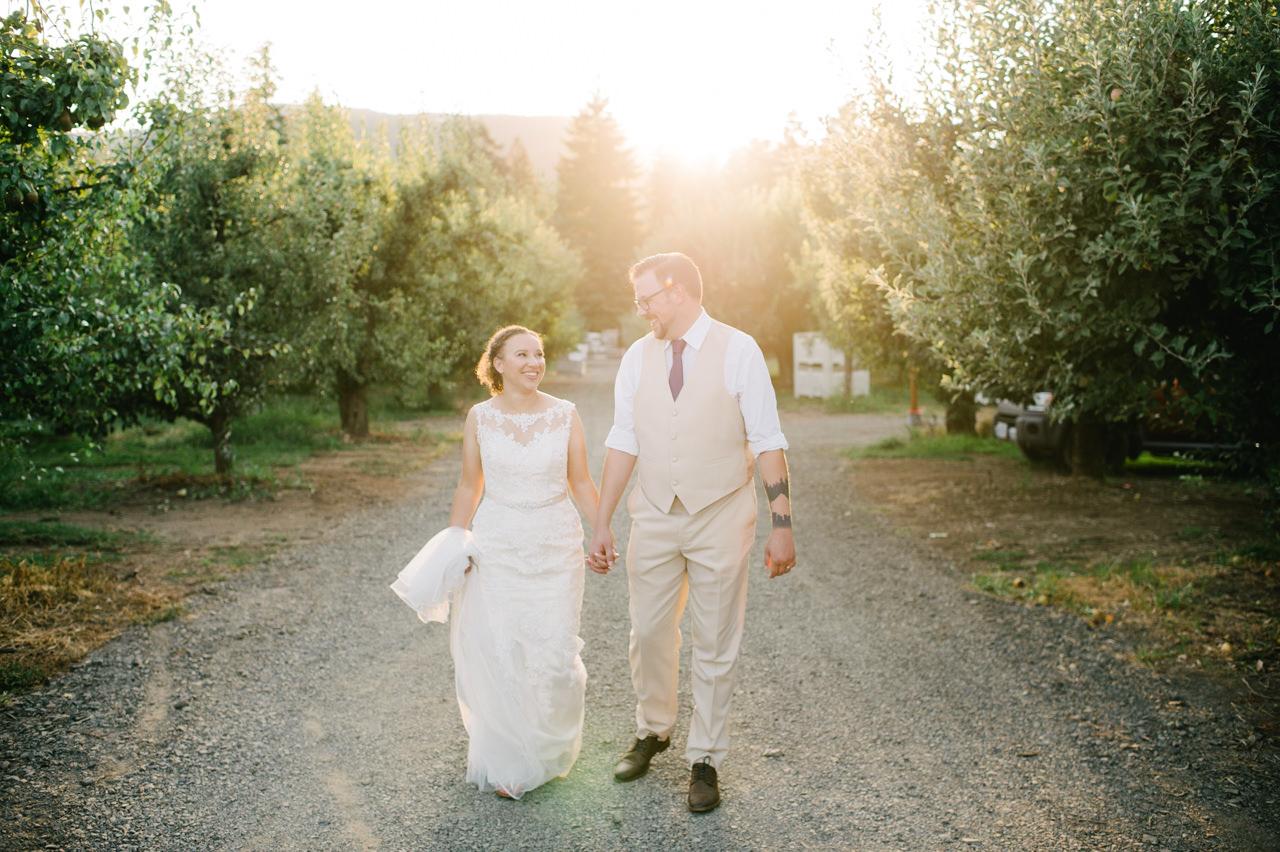 mt-view-orchards-hood-river-wedding-082.jpg