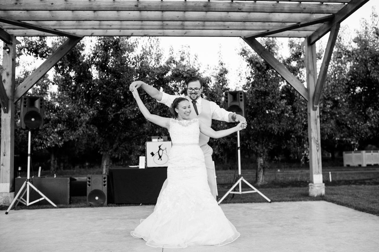 mt-view-orchards-hood-river-wedding-087.jpg
