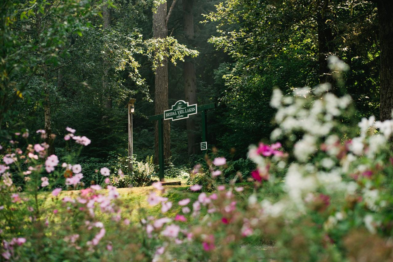 bridal-veil-lakes-oregon-wedding-001.jpg