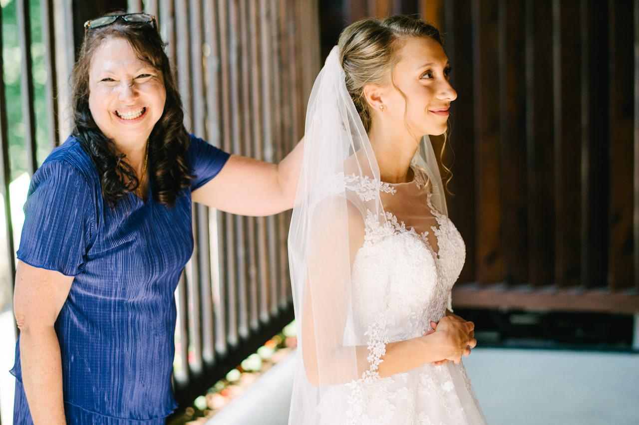 bridal-veil-lakes-oregon-wedding-003.jpg