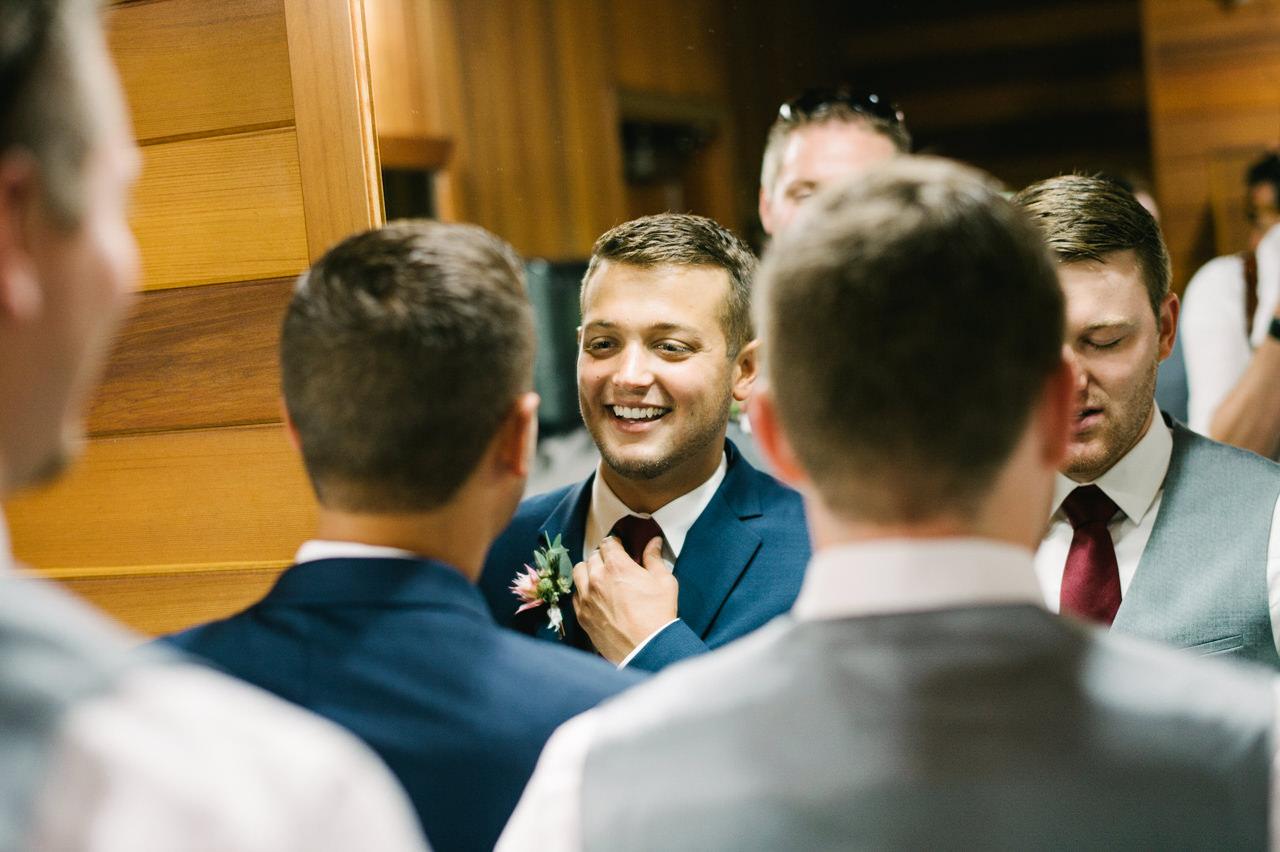 bridal-veil-lakes-oregon-wedding-026.jpg