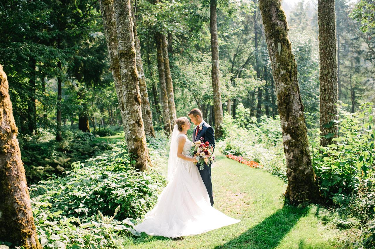 bridal-veil-lakes-oregon-wedding-034.jpg