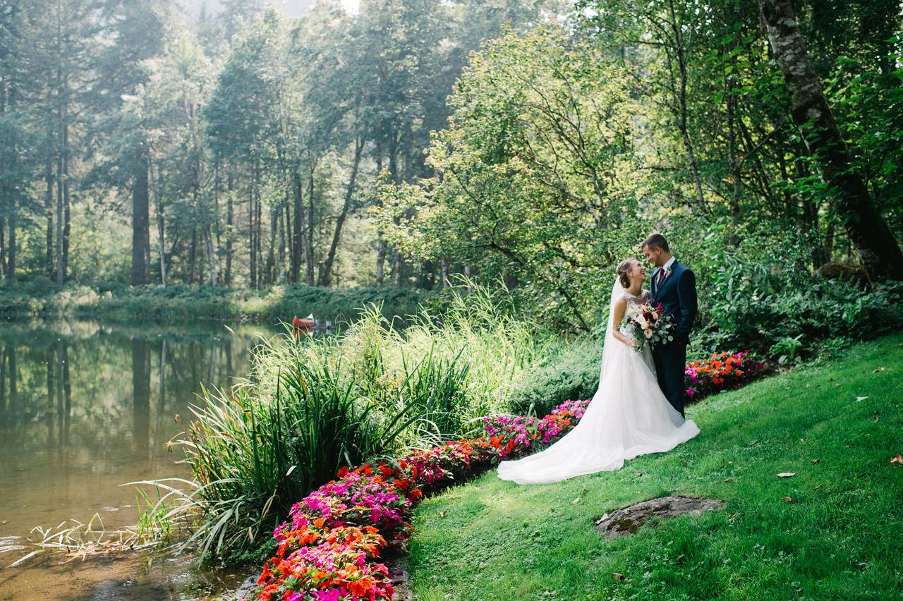 bridal-veil-lakes-oregon-wedding-035.jpg