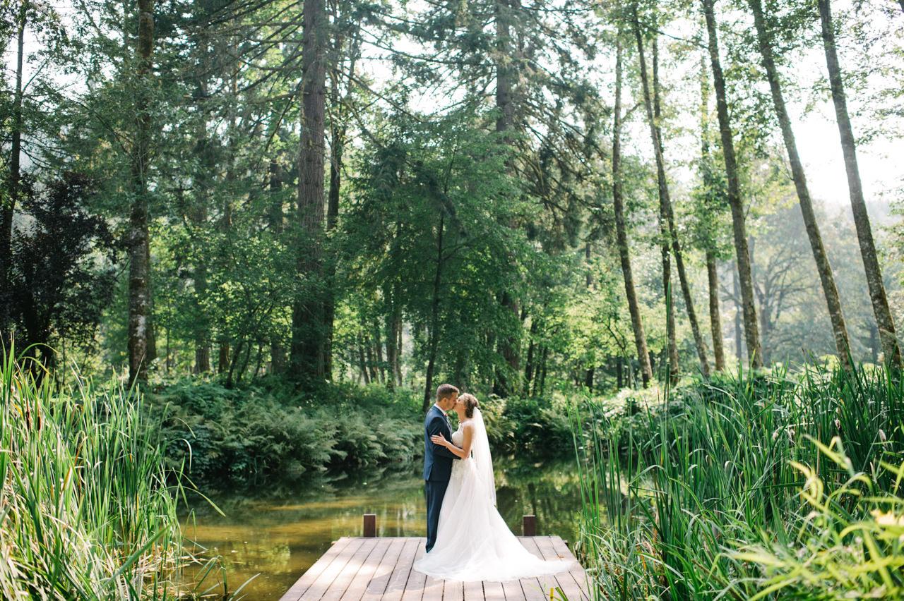 bridal-veil-lakes-oregon-wedding-037.jpg