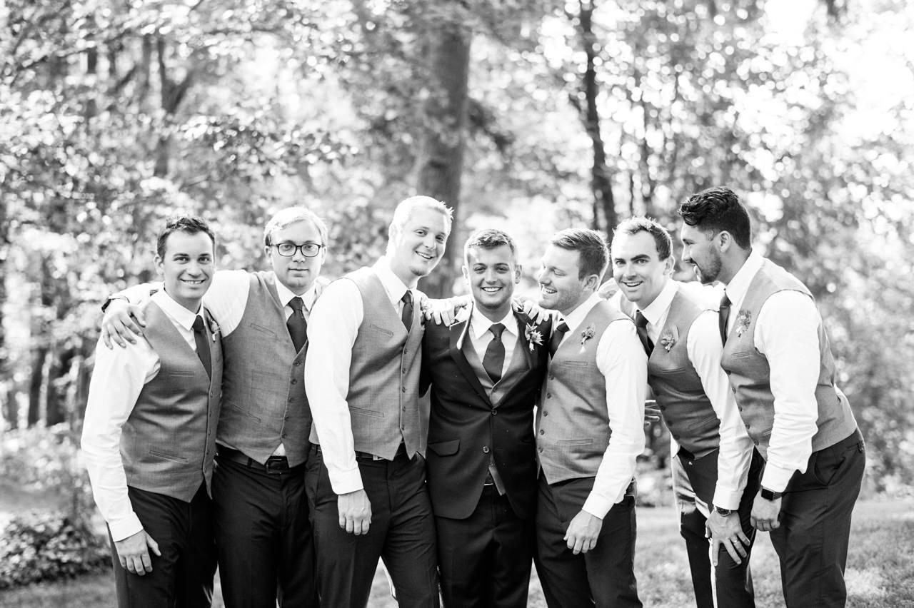 bridal-veil-lakes-oregon-wedding-043.jpg