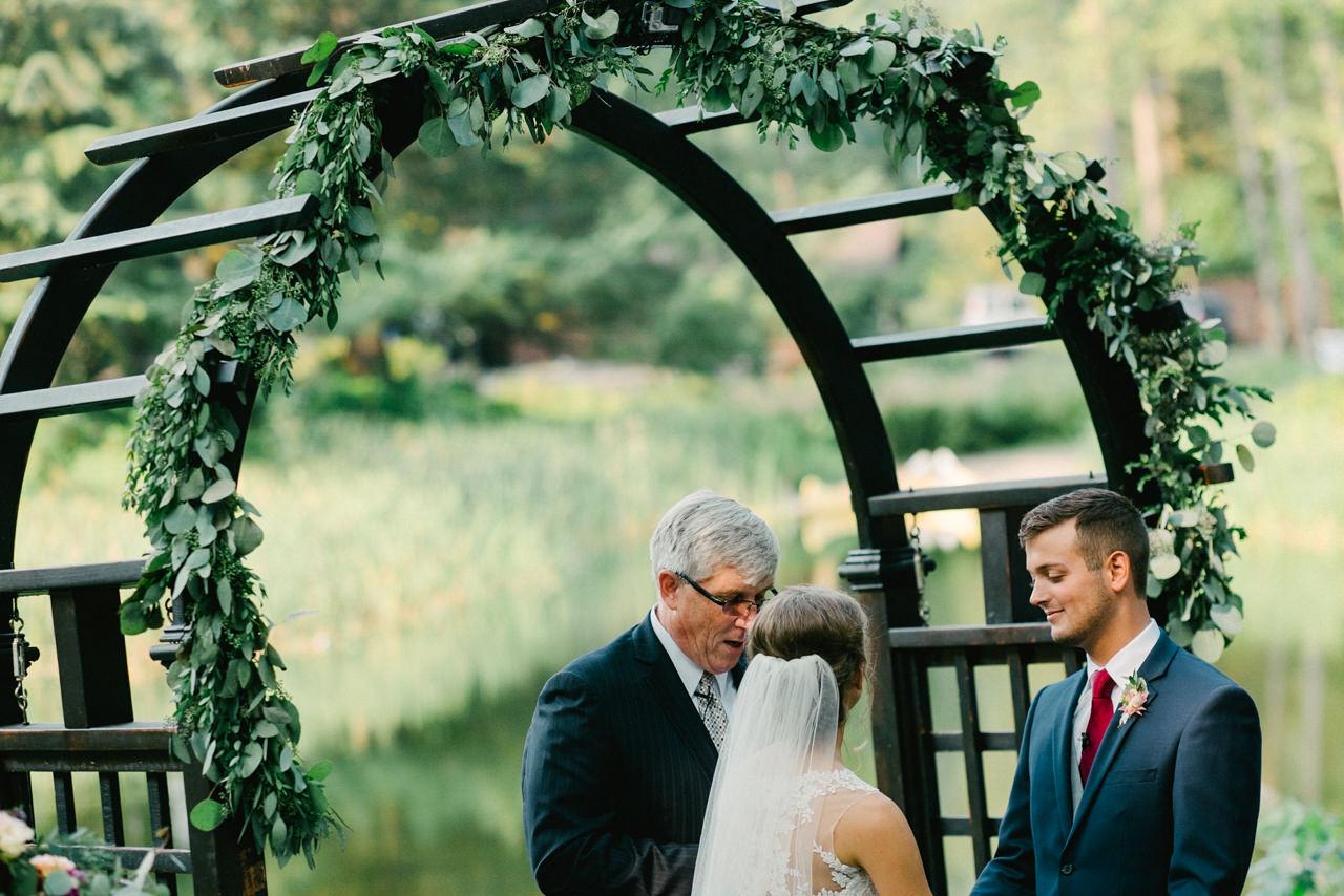 bridal-veil-lakes-oregon-wedding-056.jpg