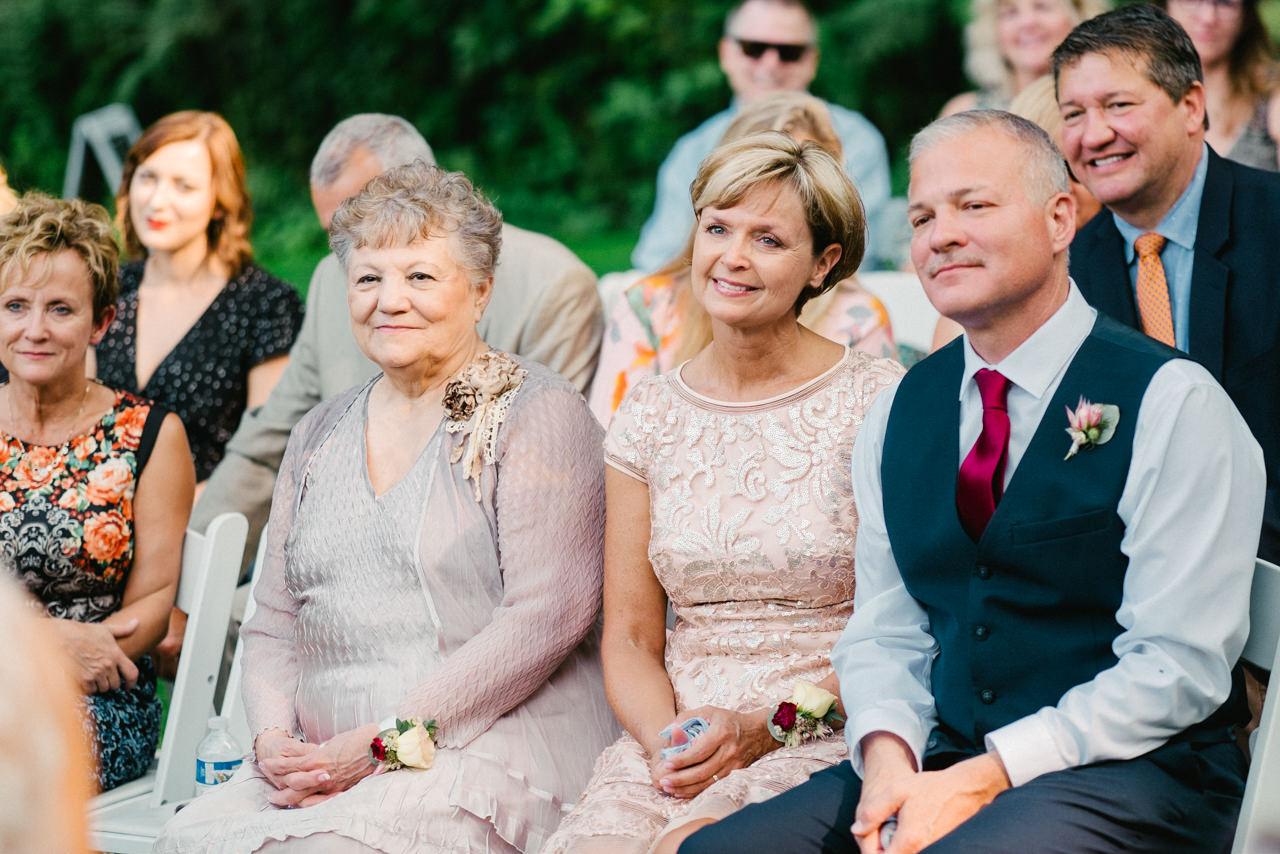 bridal-veil-lakes-oregon-wedding-063.jpg