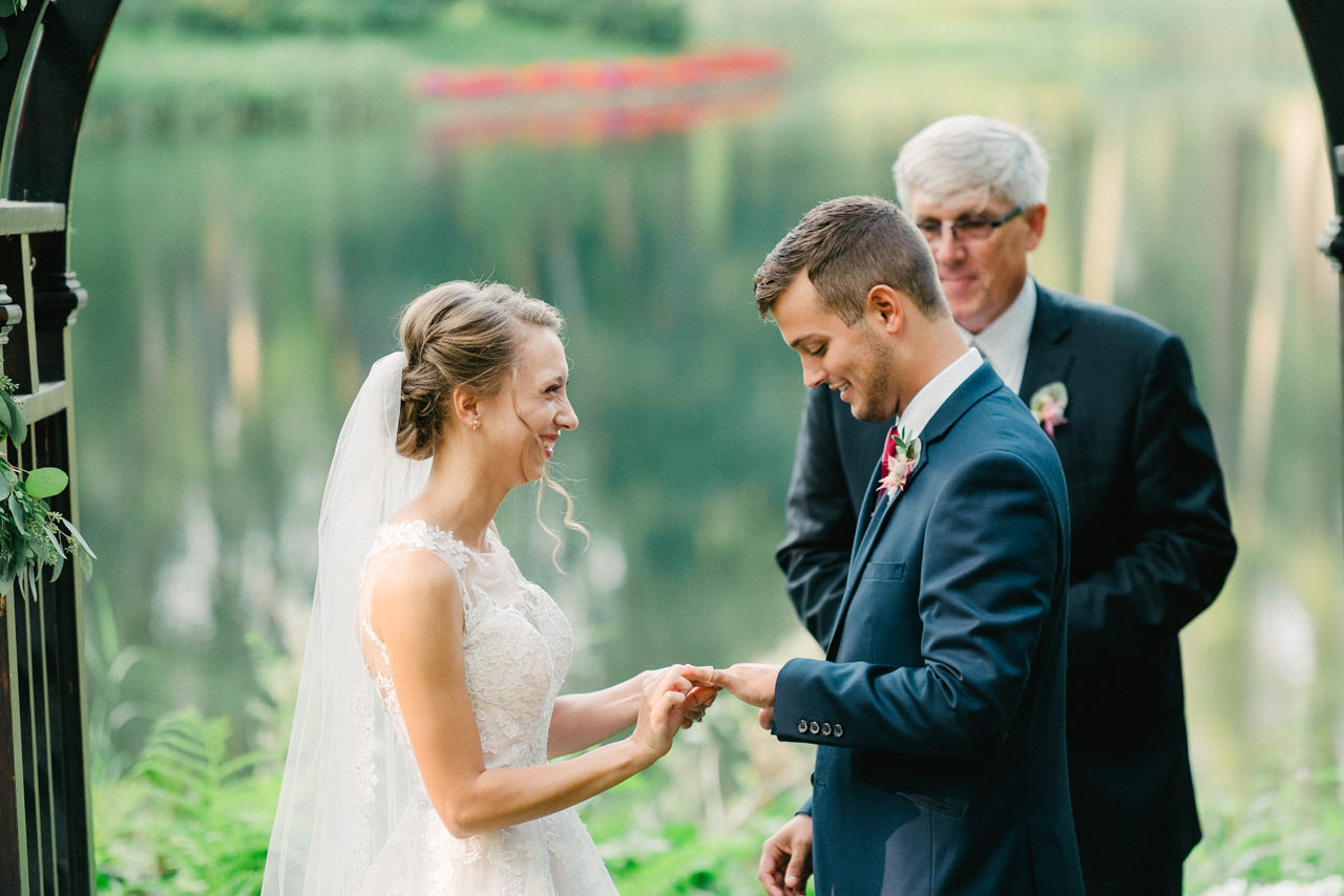 bridal-veil-lakes-oregon-wedding-064.jpg