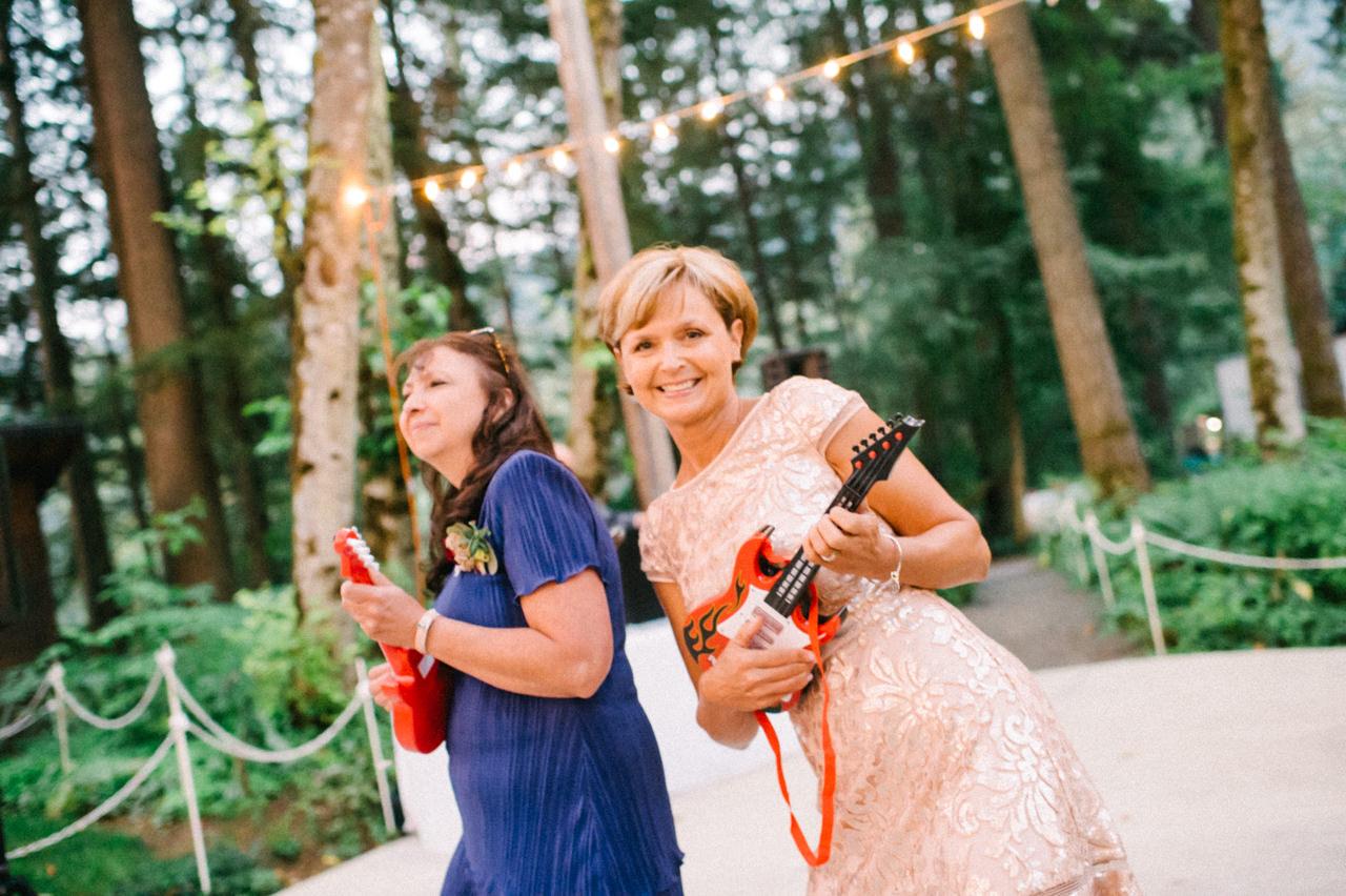 bridal-veil-lakes-oregon-wedding-101.jpg
