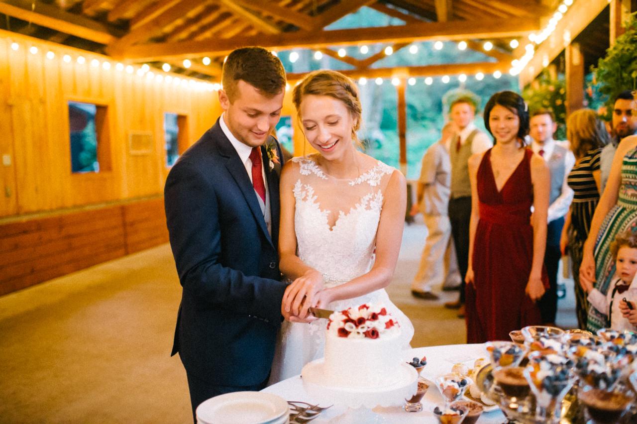 bridal-veil-lakes-oregon-wedding-103.jpg