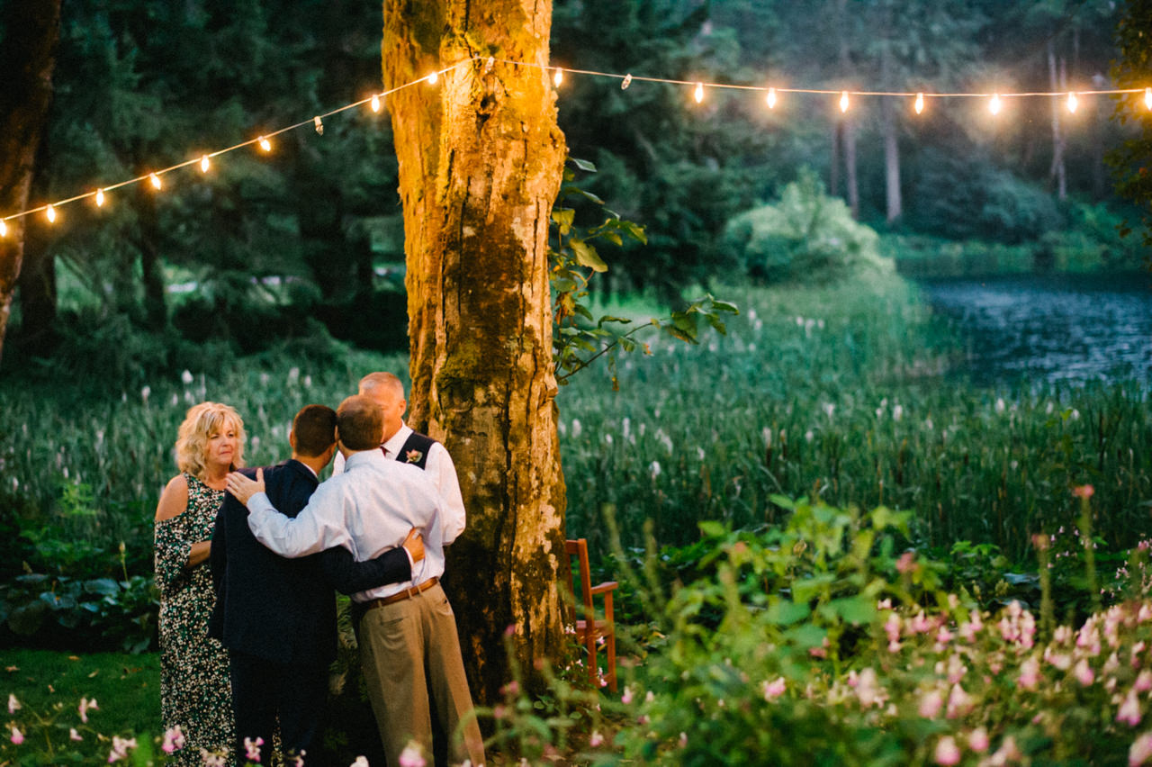 bridal-veil-lakes-oregon-wedding-104.jpg