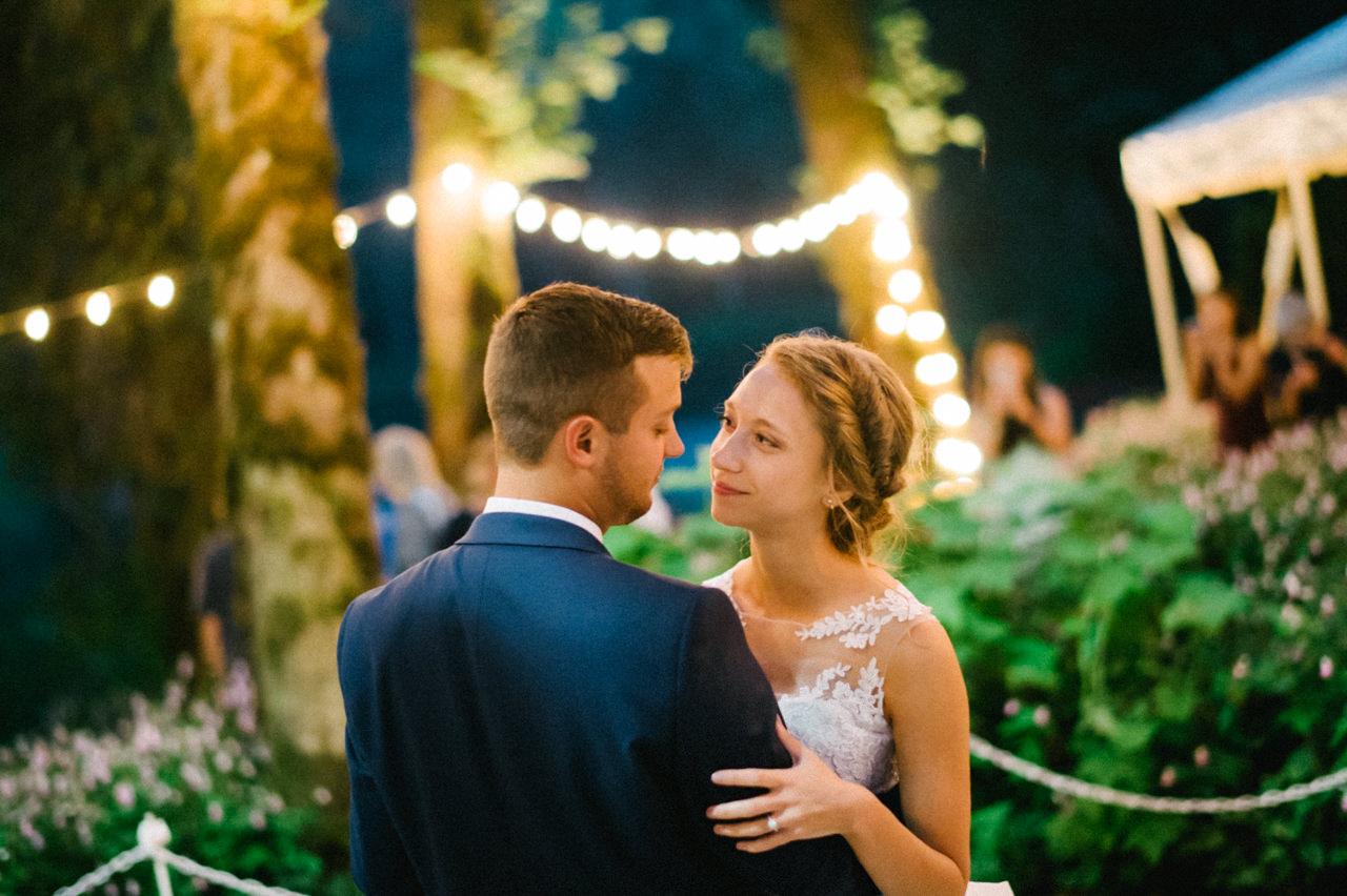 bridal-veil-lakes-oregon-wedding-106.jpg