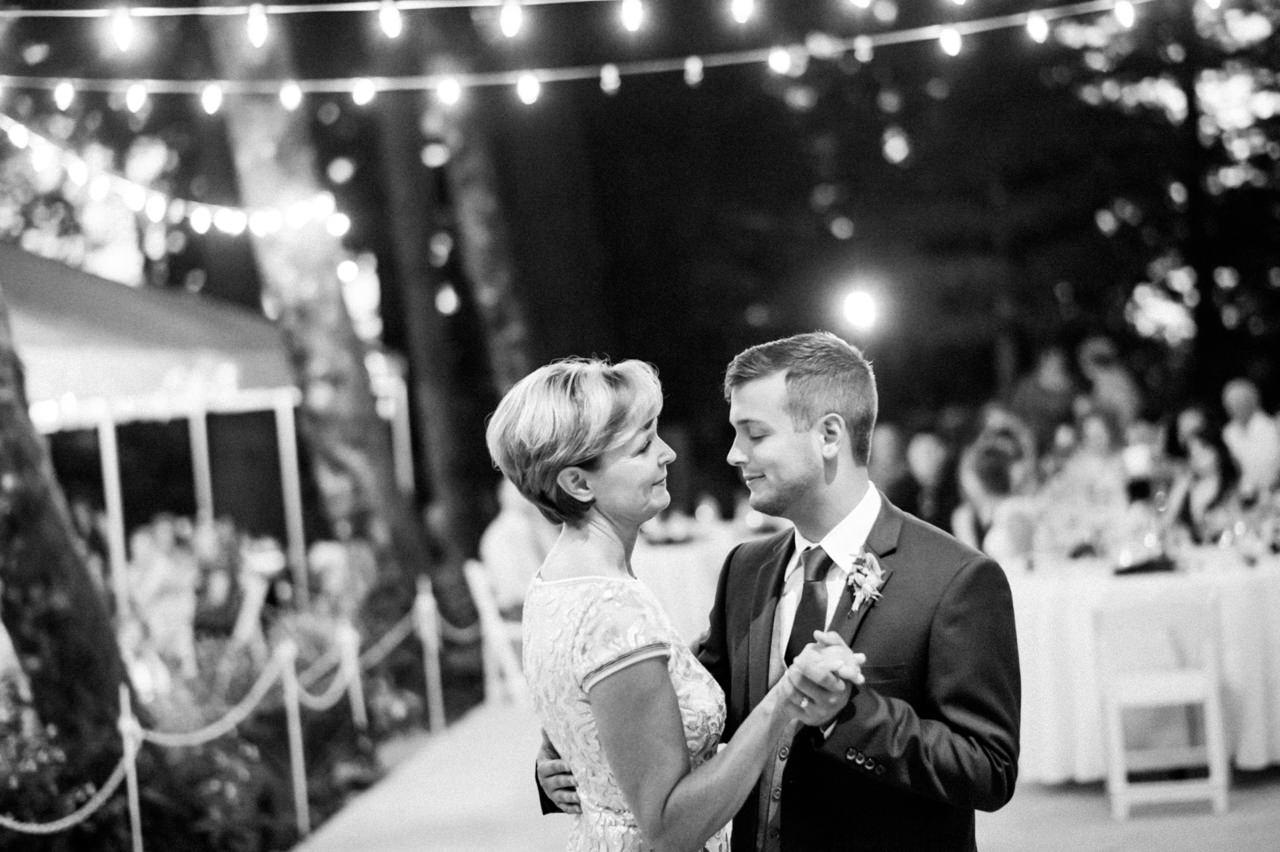 bridal-veil-lakes-oregon-wedding-112.jpg
