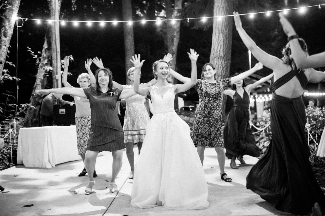 bridal-veil-lakes-oregon-wedding-113.jpg