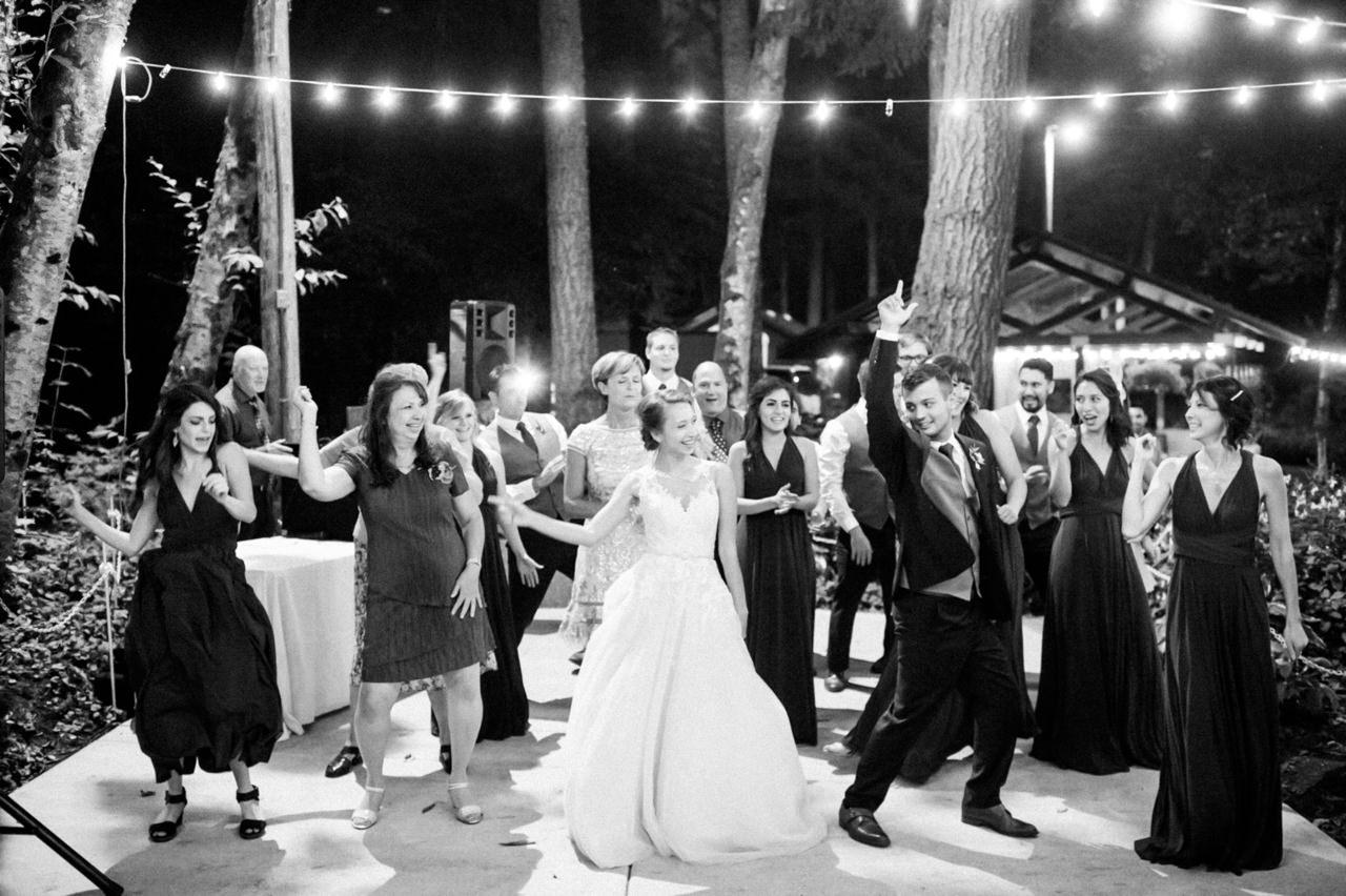 bridal-veil-lakes-oregon-wedding-116.jpg