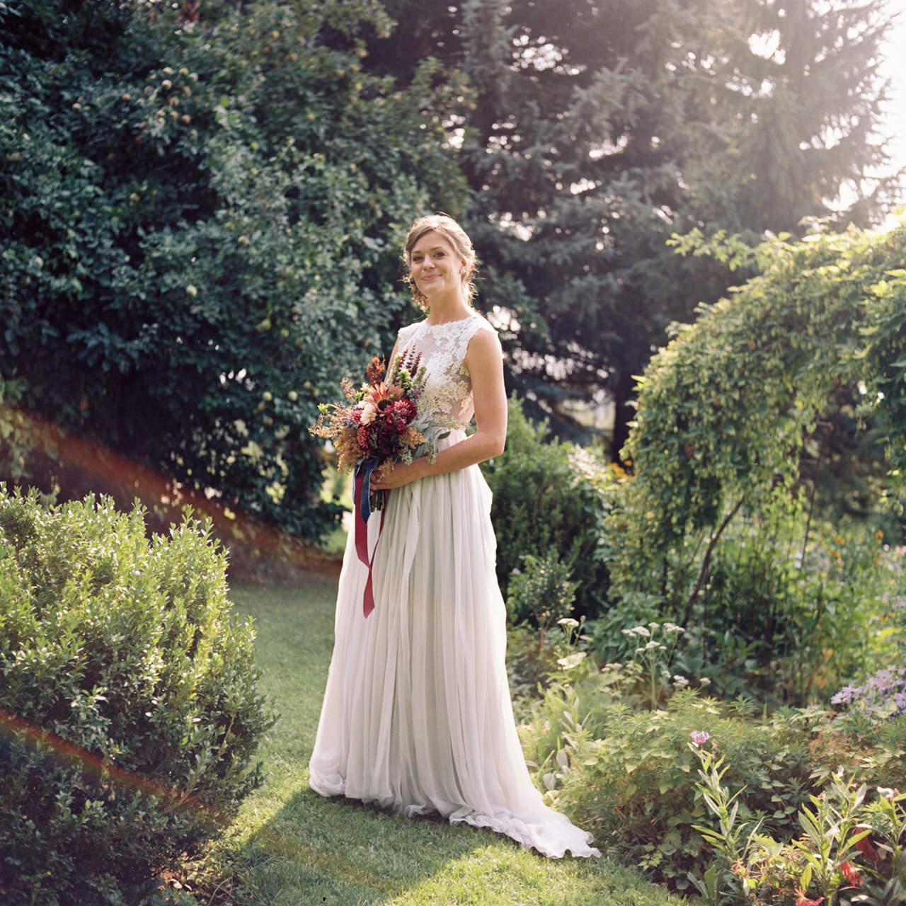 mt-hood-organic-farms-film-wedding-05.jpg