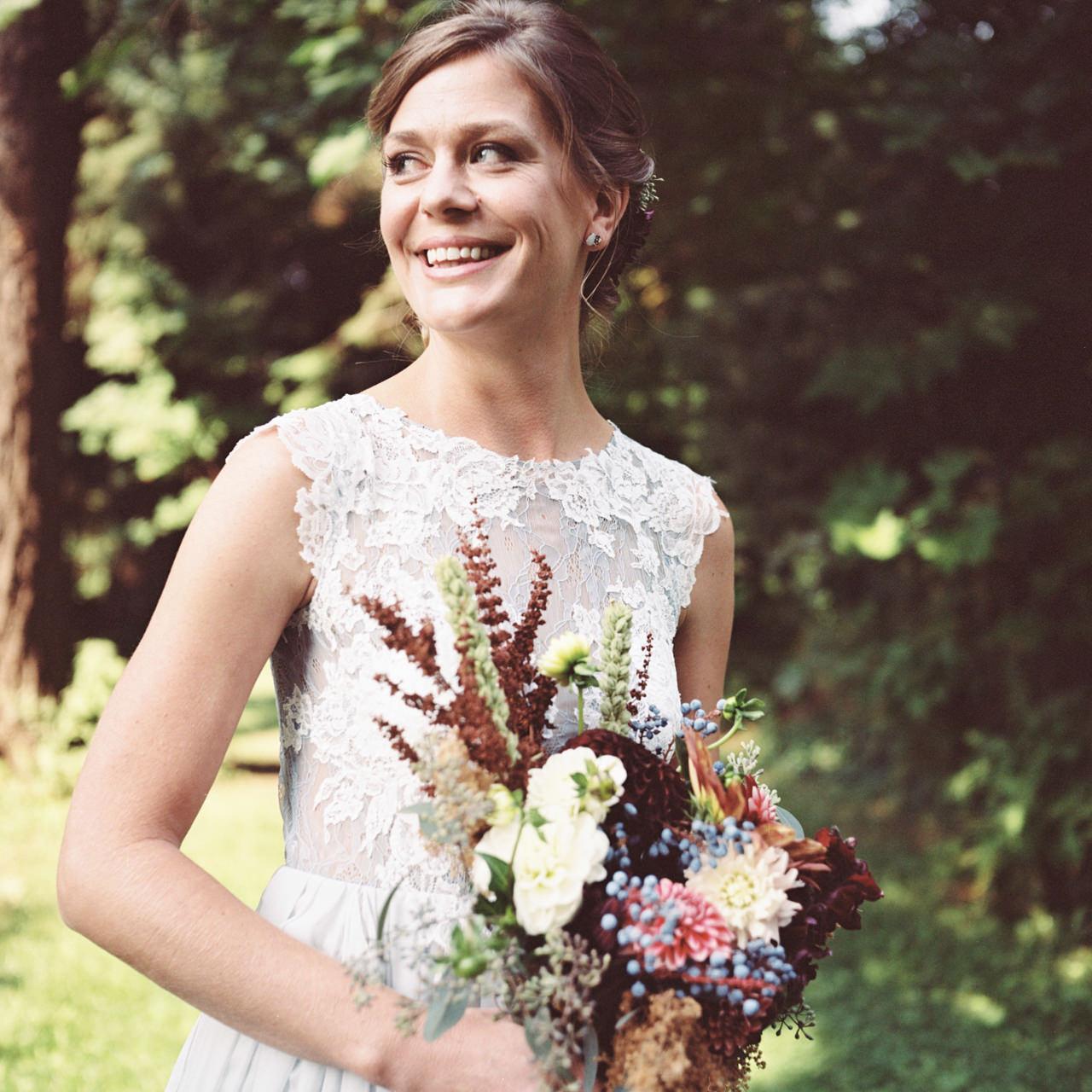 mt-hood-organic-farms-film-wedding-08.jpg