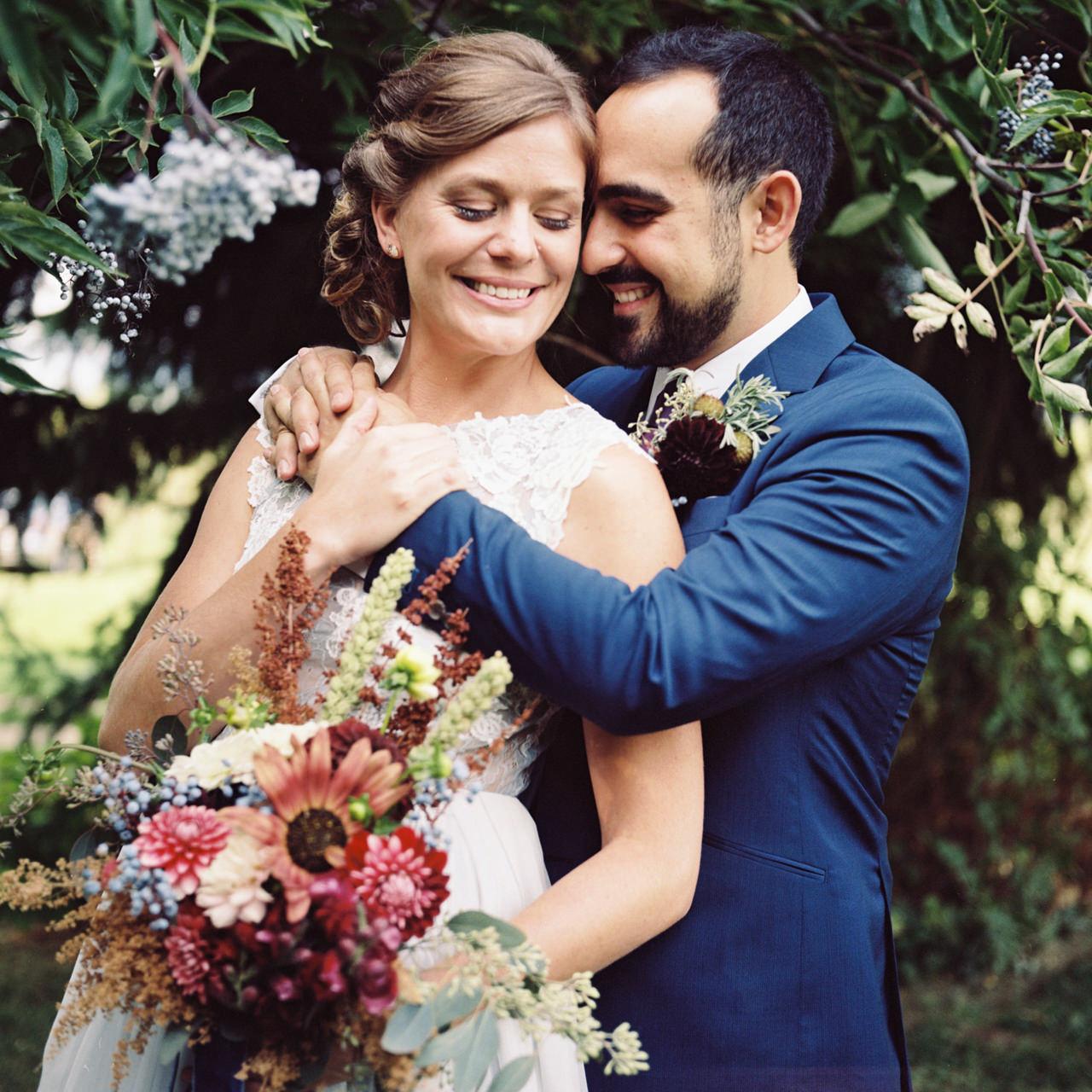 mt-hood-organic-farms-film-wedding-13.jpg