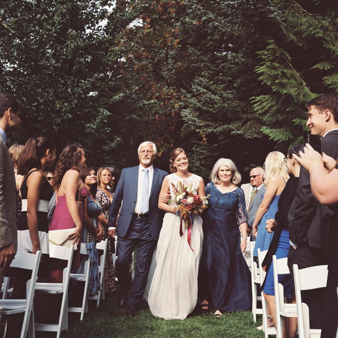 mt-hood-organic-farms-film-wedding-14.jpg