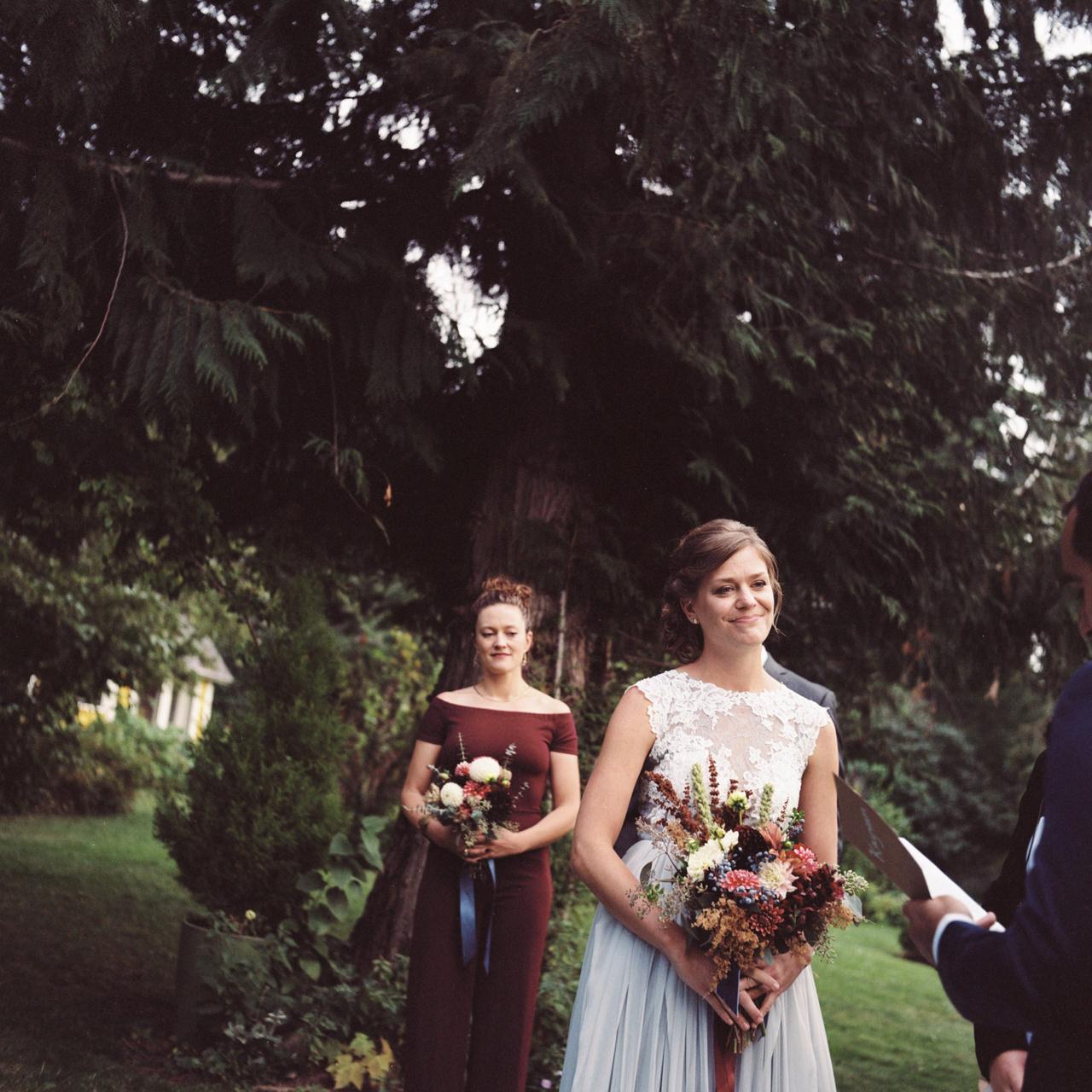 mt-hood-organic-farms-film-wedding-16a.jpg