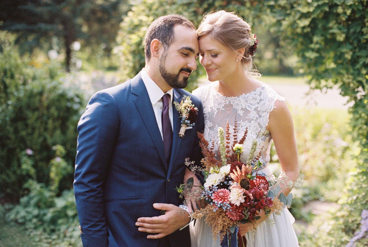 mt-hood-organic-farms-film-wedding-36aa.jpg