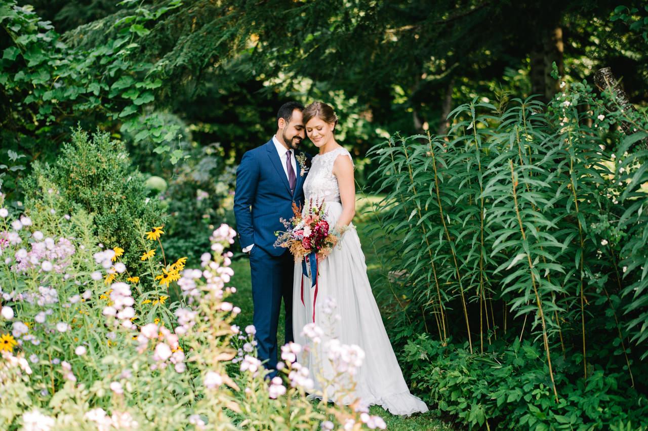 mt-hood-organic-farms-persian-wedding-040.jpg