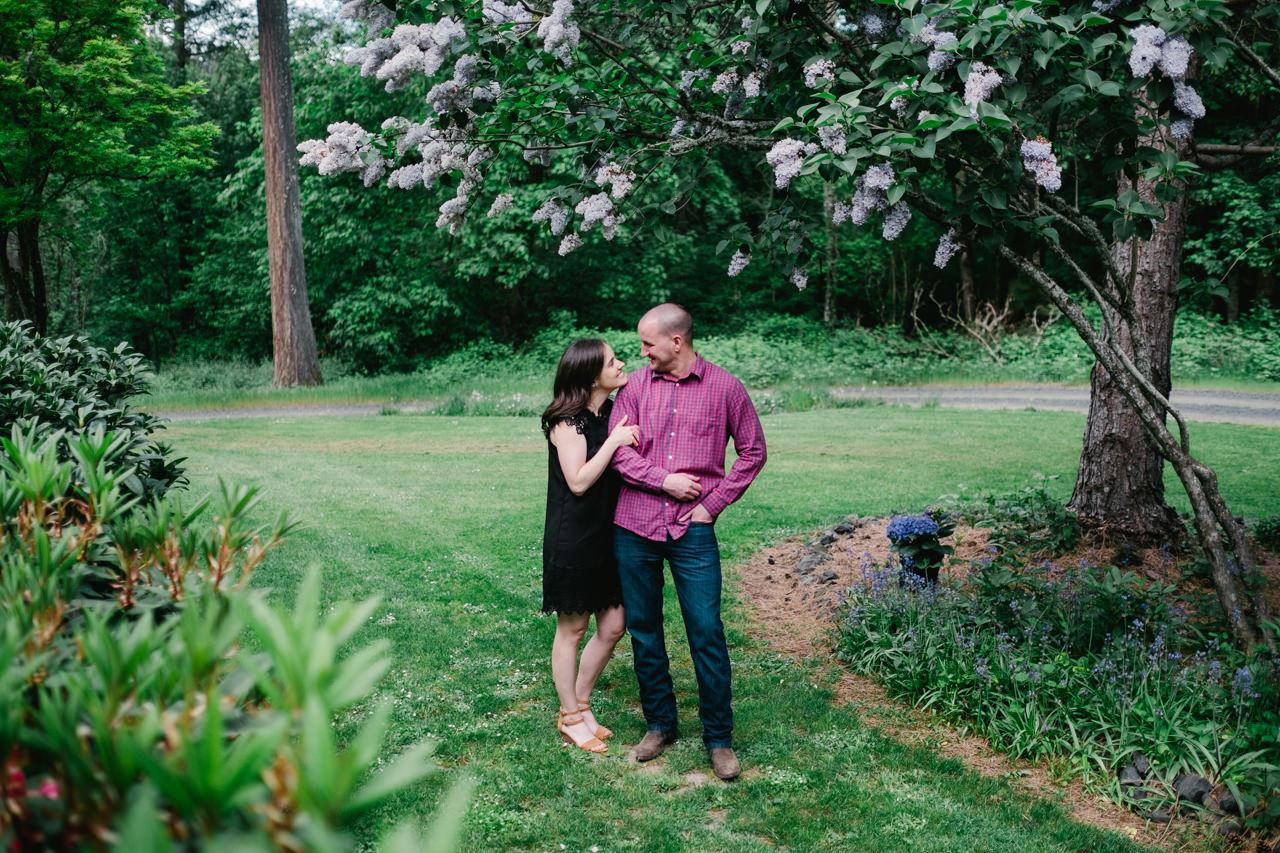 portland-farm-engagement-photos-017.jpg