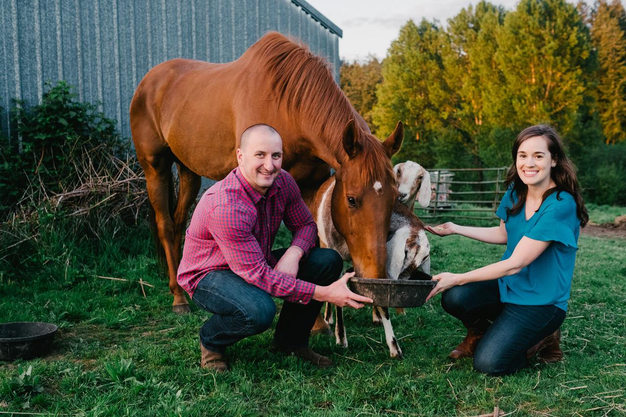 portland-farm-engagement-photos-037.jpg
