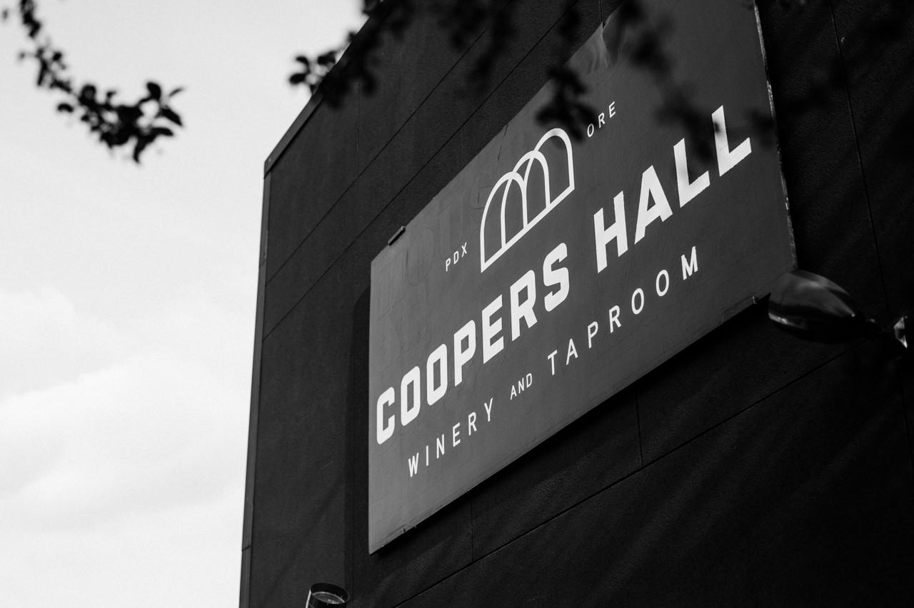 lake-oswego-foothills-wedding-coopers-hall-106b.jpg