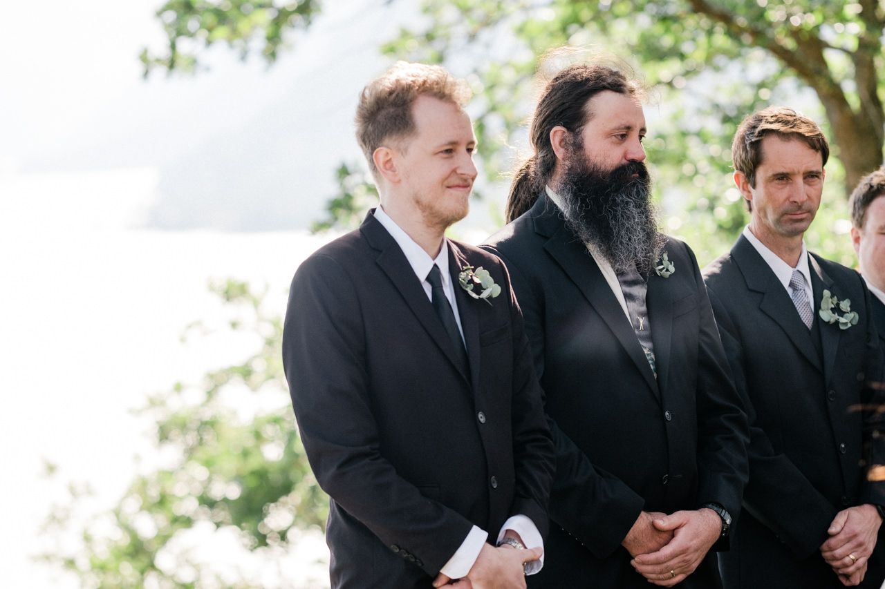 white-salmon-washington-gorge-wedding-048.jpg