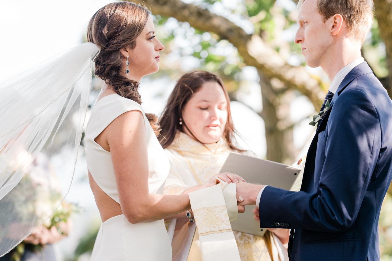white-salmon-washington-gorge-wedding-058.jpg