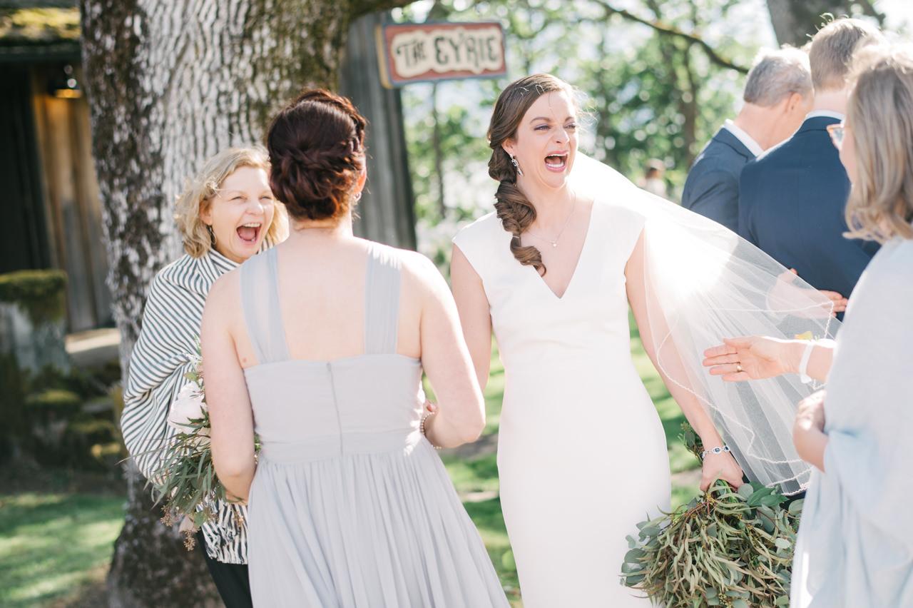 white-salmon-washington-gorge-wedding-065.jpg